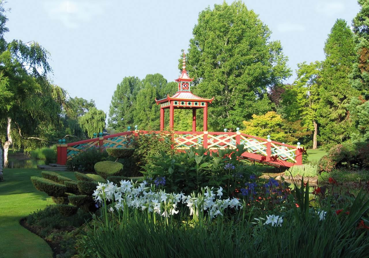 Apremont sur allier cher les plus beaux villages de france for Circuit jardins anglais