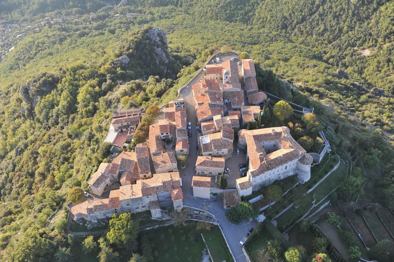 Gourdon - Alpes-Maritimes - Les plus beaux Villages de France